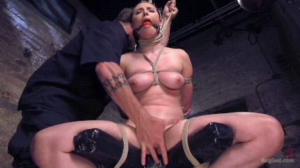 Squirting porn and fingering Squirt